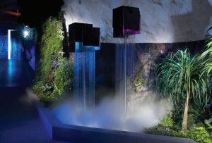 آبشار مصنوعی درون مرکزداده بانهوف