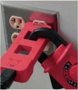 اسپلیتر کابل برق AC برای تشخیص نوع دو ورودی بودن تجهیزات فاوای مرکز داده (AC Line Splitter)