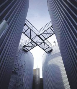 استفاده از روش اسمز معکوس در مرکز دادهٔ سیتی برای کاهش رسوب در برجهای سرمایش