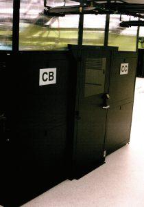 محفظههای پلاستیکی بالای رکهای مرکز داده Green House Data
