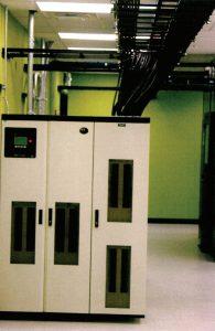 برقرسانی سقفی رکها، در مرکز داده Green House Data