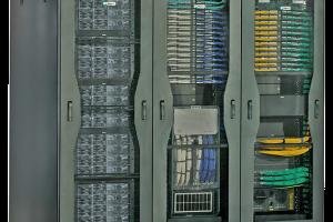 اجرای منطقه رکهای پرظرفیت در مرکز داده کمظرفیت
