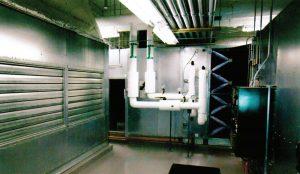 NetApp با نصب هواسازهای صنعتی بهجای مدلهای ویژهٔ مرکز داده ، حدود ۱۰ میلیون دلار در هزینهٔ سرمایهای صرفهجویی کرده است.