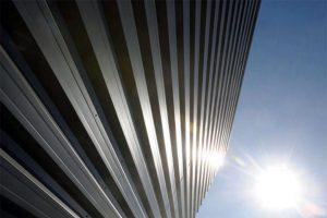 نمای قسمت بیرونی دیوار ساختمان مرکز داده دانشگاه سیراکیوز