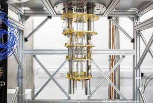 سیستم پردازش کواتنومی ۴ کیوبیتی سوفیا ساخت شرکت OQC