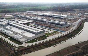 گوگل: سرمایهگذاری ۱ میلیارد دلاری در مرکز دادهٔ نیو آلبانی و خرید ۲٫۵ کیلومتر مربع زمین خالی برای ساختن مراکز دادهٔ جدید